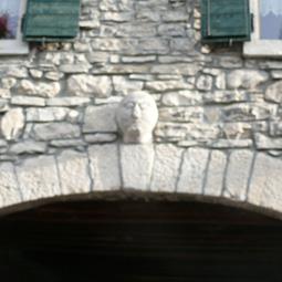 pietra_medioevo
