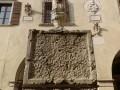 fontana-piazza-delle-erbe-leone-scalpellato